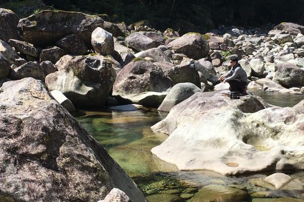 魚跳渓谷あまご釣り大会