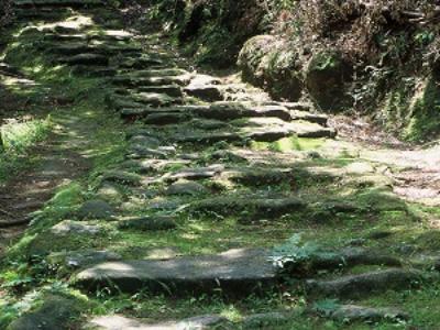 鎌倉期の石畳
