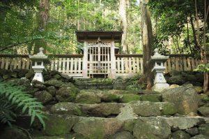 Kinegadani-jinja Shrine