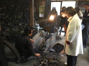刀鍛冶の工房見学体験